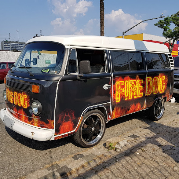 carretinha-lanche-hotdog-ambulante-fire-dog-kombi